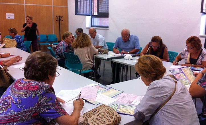 Matriculación en los talleres socioculturales Macarena