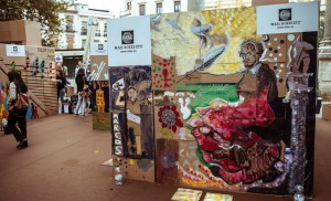 La Alameda muestra arte en una «galería de cartón»