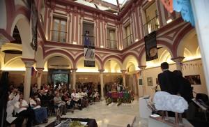 Interior de la Casa de la Provincia, en plena exposición / José Galiana