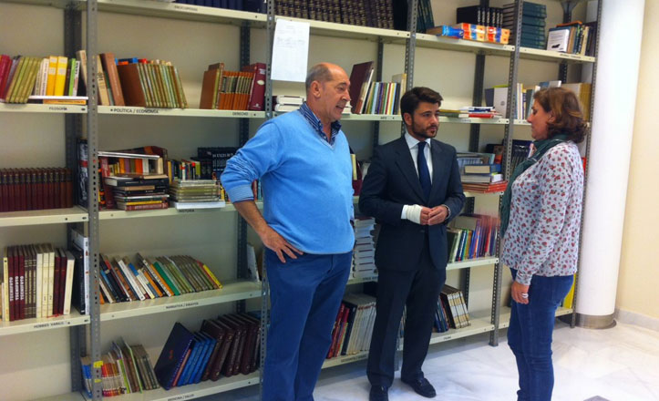 Siguen creciendo las donaciones de libros para la biblioteca vecinal La Ranilla