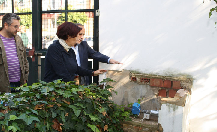 IU critica la falta de mantenimiento municipal «que sufre el colegio Emilio Prados»