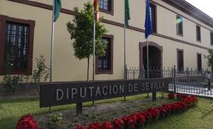 Fachada de la Diputación, en Menéndez Pelayo / Millán Herce