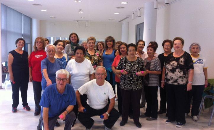 El taller de Gimnasia Adaptada, la mejor «medicina» para los mayores de Nervión