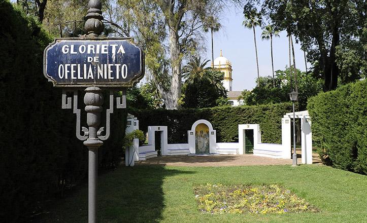 Situación de la Glorieta de Ofelia Nieto, con el pabellón de Argentina al fondo / Jesús Spínola