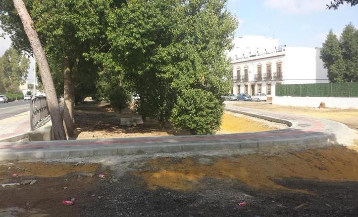 Pasarela peatonal de Pineda con Los Bermejales