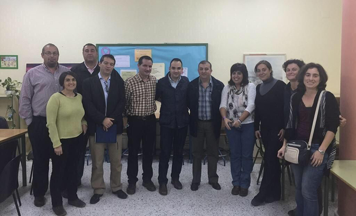 Reunión de las AMPAs de Bellavista-La Palmera con Rafael Belmonte