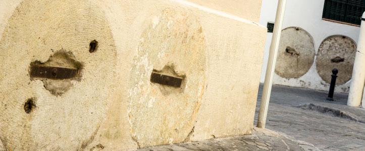 Ruedas de molino en el centro de Sevilla