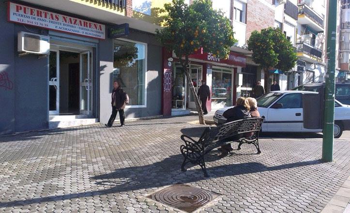 Nuevos bancos en la avenida de Hytasa