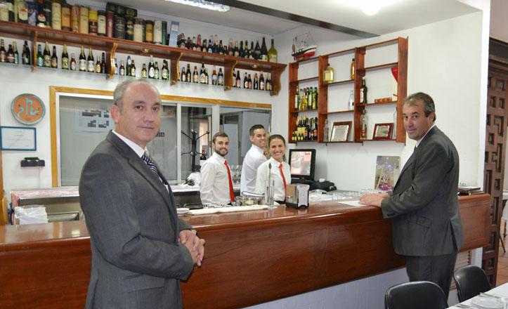 El IES Heliópolis, pionero en implantar el sotfware más utilizado en la hostelería sevillana