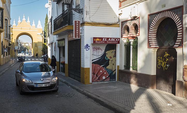 Apertura al tráfico de la calle San Luis / Millán Herce