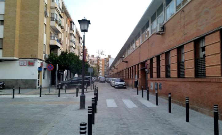 La calle Justino Matute, abierta al tráfico