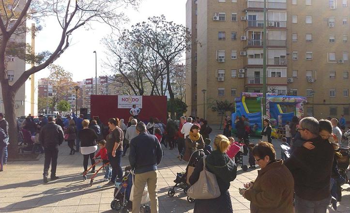 Evento solidario en la plaza del Generalife