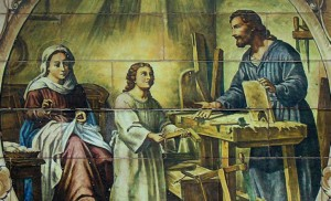 Detalle de la Sagrada Familia, de Enrique Orce Mármol, para la parroquia del mismo nombre / Retablo Cerámico
