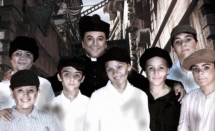 Foto «promocional» del musical, con Juan Francisco Martínez como Don Bosco adulto