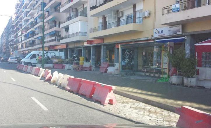 Obras de mejora en las parada de TUSSAM de Reina Mercedes