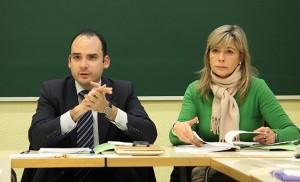 El delegado y la directora del Distrito Bellavista-La Palmera / F.P.
