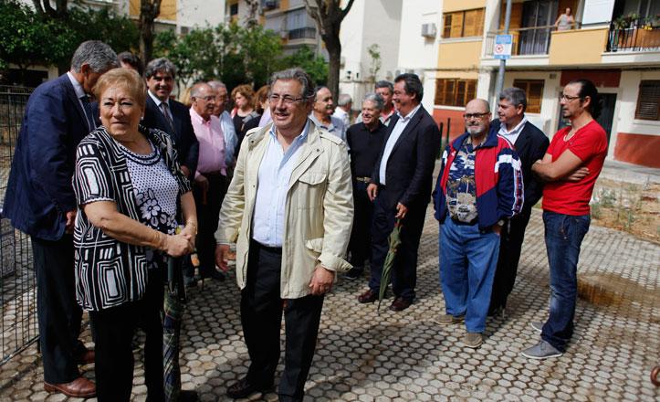 El Ayuntamiento finaliza la renovación integral de la Plaza Bib-Rambla