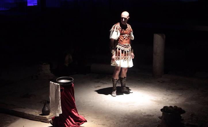 Fernando Fabiani, que da vida a Pilato, en uno de los momentos más destacados de la obra