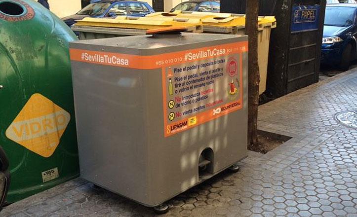 Contenedor-reciclaje-aceite-domestico_Feria-153