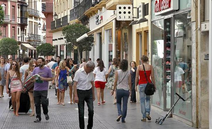 El Distrito Casco Antiguo plantea medidas para favorecer el comercio