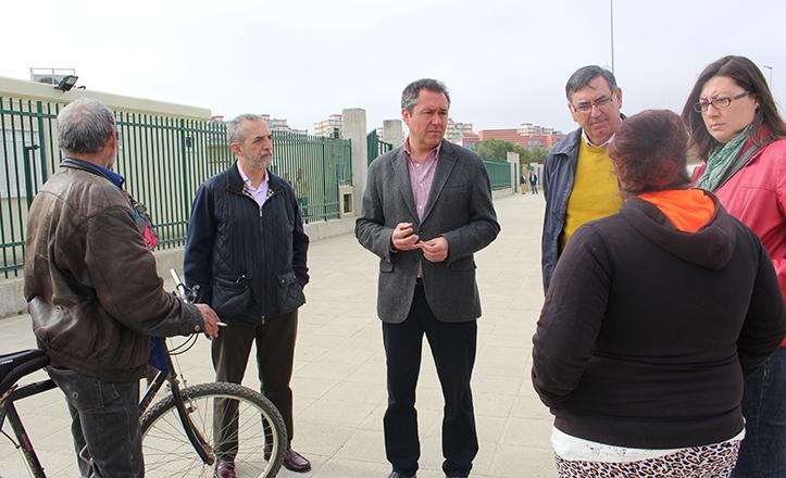 Juan Espadas y Juan Manuel Flores visitan el Vacie