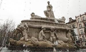 Restaurados «los meones» de la fuente de la Puerta de Jerez