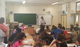 Jaime Ruiz responde a las preguntas de los alumnos de quinto curso del CEIP San Pablo