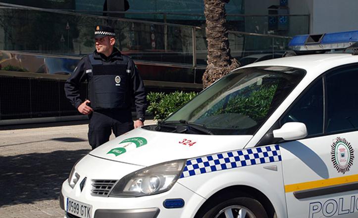 Juan Javier Torres lleva 20 años en el Cuerpo de Policía Local, superando graves incidentes