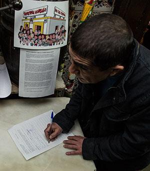 Recogida de firmas en apoyo a la taberna Gonzalo