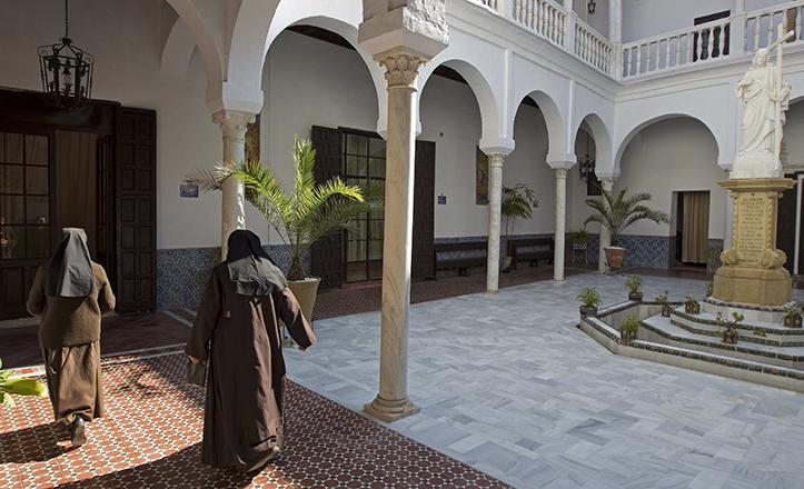 Claustro del convento de San José de las Teresas, de Sevilla, tras la restauración / EFE-Jose Manuel Vidal