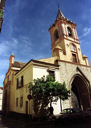 Torre de la San Isidoro, templo en el que Miguel de Mañara ejerció de padrino de dos hijos de Murillo