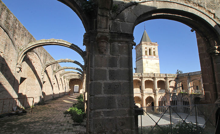 Monasterio de San Jerónimo de Buenavista en enero de 2015, días antes de convertirse en Centro Cívico José Luis Pereira / Rocío Ruz
