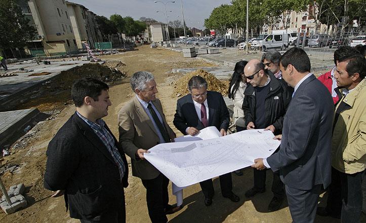 Juan Ignacio Zoido visita las obras de reforma integral de la avenida José Sebastián y Bandarán / Juan Flores