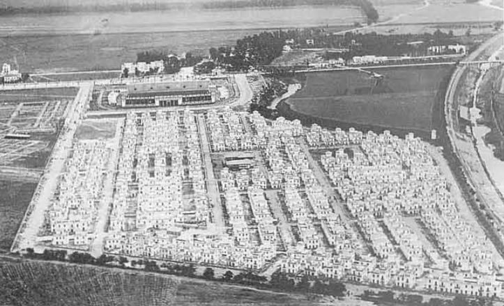 Vista aérea de Heliópolis en una instantánea de la década de los 30 / Diccionario histórico de las calles de Sevilla