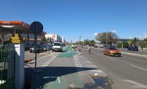 Un nuevo semáforo conecta ya Santa Aurelia con el Polígono Carretera Amarilla