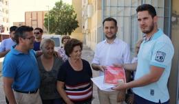 Daniel González Rojas con la Asociación de Vecinos Esperanza Sur