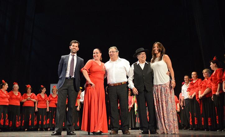 Gala de clausura de talleres del Distrito Macarena, con el alcalde Zoido