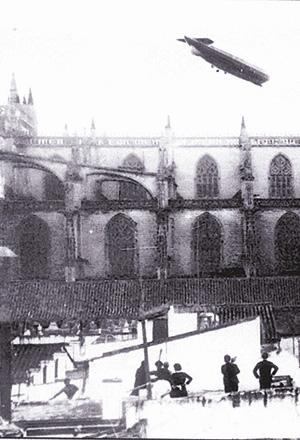 Zeppelin sobre Sevilla