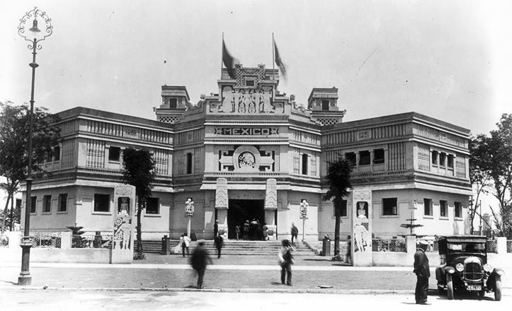 El Pabellón de México para la Exposición Iberoamericana de 1929, en plena muestra.