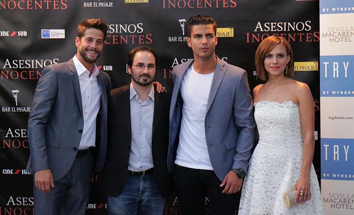 Lucho Fernández, Gonzalo Bendala, Maxi Iglesias y Aura Garrido en el preestreno en Sevilla