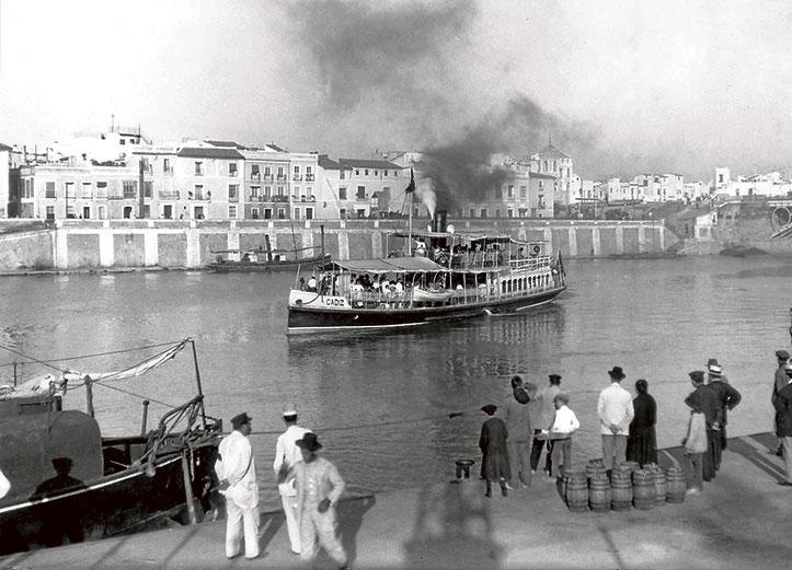 Calle Betis desde el muelle de la Sal, con el «Cádiz» hacia Sanlúcar