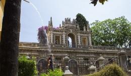 Refrescante visión del Estanque de Mercurio en los Reales Alcázares / Fran Piñero
