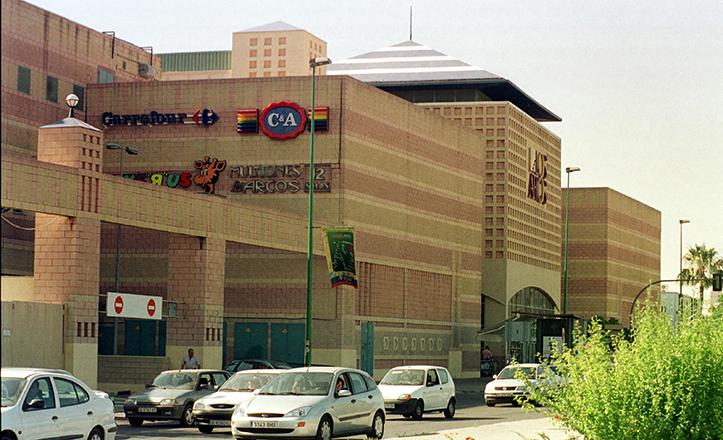 Foto de archivo de Los Arcos antes de la remodelación / Raúl Doblado