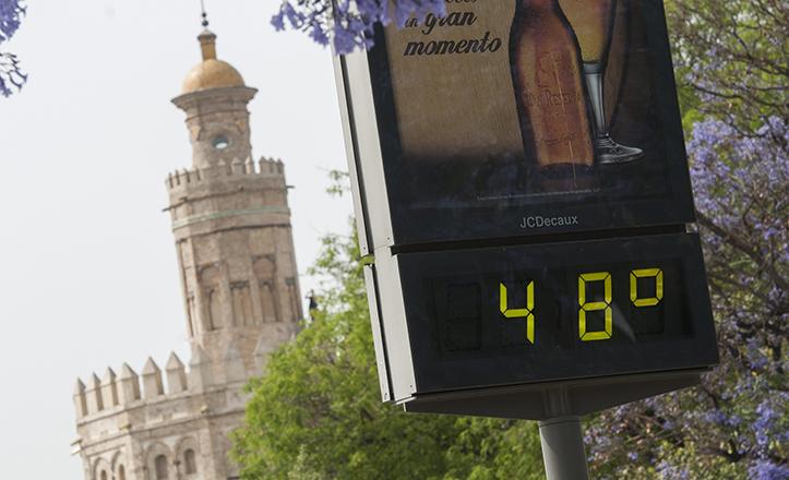 Temperaturas extremas en junio de 2015 en Sevilla / EFE