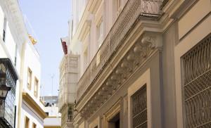 Vistosas fachadas y balcones  / Fran Piñero