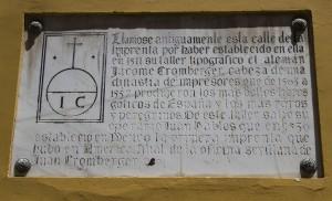 Placa conmemorativa de la imprenta / Fran Piñero