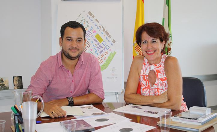 Daniel González Rojas (IU) con Mar González, Comisionada para el Polígono Sur