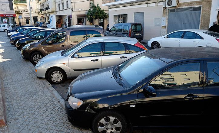 Aparcamientos en la plaza Fernando VI
