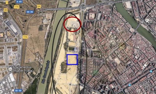 En color negro, la Vega de Triana. En rojo, la ubicación de la Haza del  Huesero. En azul, una de las posibles ubicaciones de la Venta del Charco de la Pava.